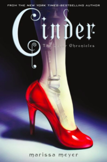 Cinder / written by Marissa Meyer